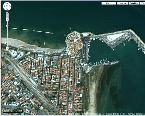 a Google satellite vision of Termoli.