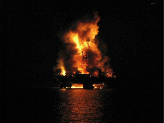 The Gulf oil rig explosion – on the scene photos | Watts Up