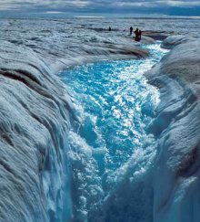 Greenland_meltwater1