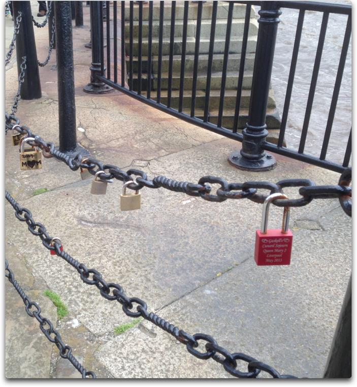 liverpool dock locks