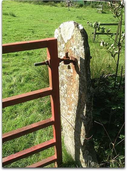 stone gatepost lakeland