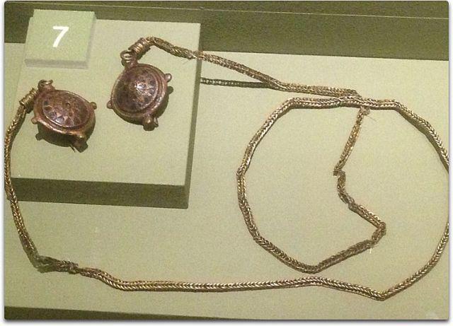 vindolanda necklace