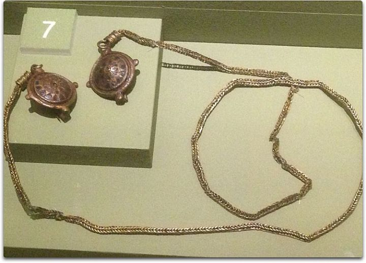 vindolanda necklace