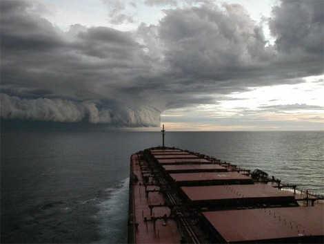 090911_blog_hurricane_approach[1]