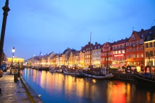 copenhagen-page-canal-night-full2[1]