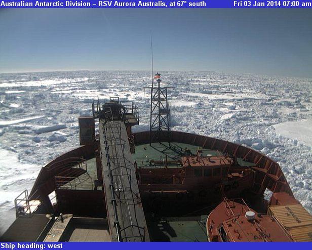 Aurora_Australis_webcam_0700-01-02-14
