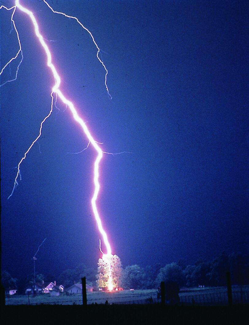 Solar Wind To Lightning Strike Link Discovered