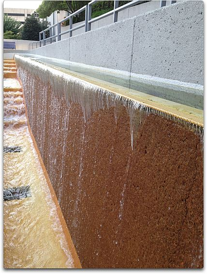 tva fountain 2