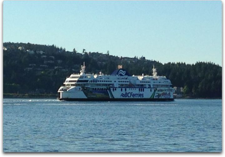 vancouver island ferry side view