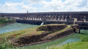 Researchers at Brazil's National Institute for Space Research calculated that the world's largest dams emitted 104 million tons of methane annually and were responsible for 4 percent of the human contribution to climate change. Credit: Leandro Neumann Ciuffo via flickr