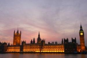 Parliamentbuildingssunset-2014091008271780
