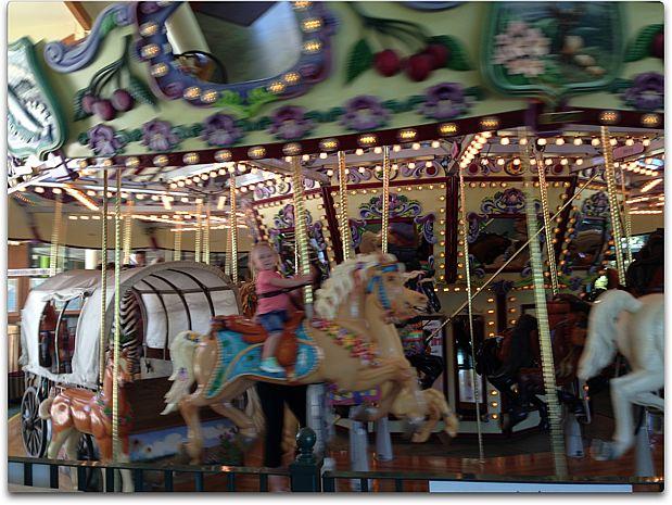 train day carousel
