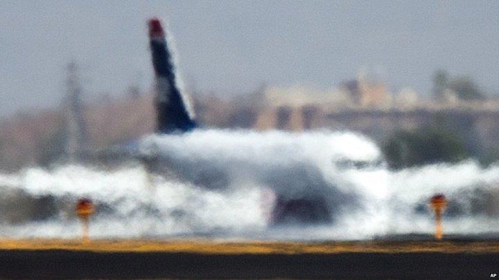airplane-heat-distortion