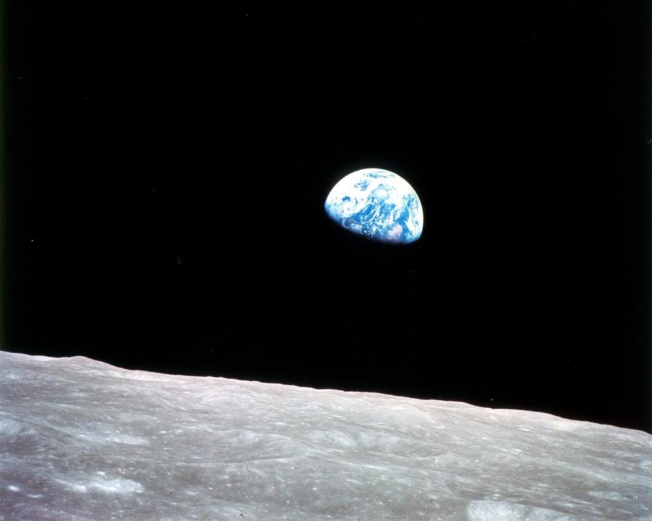 Earthrise-Apollo8