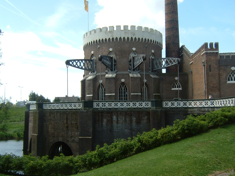 De Cruquius is one of the three pumping stations that drained the Haarlemmermeer