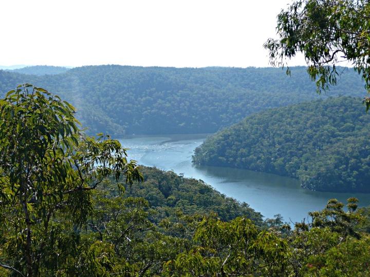 Hawkesbury River, NSW, Australia - Uploaded by berichard, Author maarjaara - https://commons.wikimedia.org/wiki/File:Hawkesbury_River_1.jpg