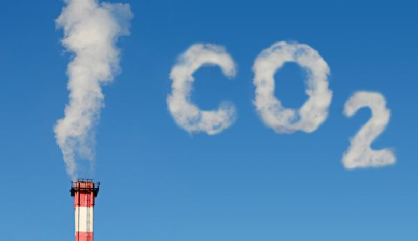 Obligatory smokestack image for any mention of energy and CO2