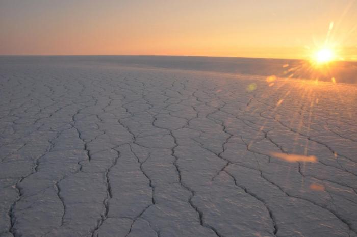 Clouds over the Greenland ice sheet raise the temperature, which causes extra meltwater -- one-third more than clear skies. CREDIT © Utrecht University - Jan Lenaerts