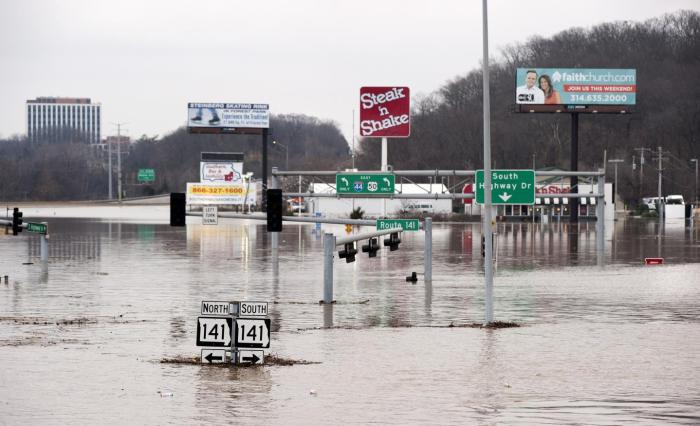 Intersection of Interstate 44 and Route 141 in St. Louis County, Mo., on Dec. 30, 2015. Water levels more than 4 feet higher than previous record floods closed a 20-mile stretch of the highway. CREDIT Copyright Sid Hastings.