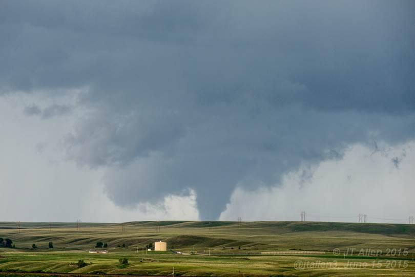 Elk-Mountain-tornado