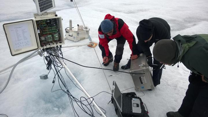PROMICE-weather-station-Greenland