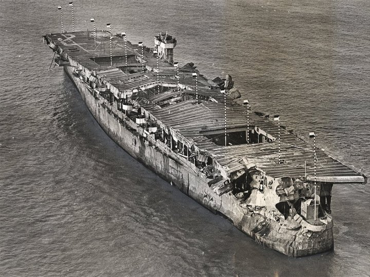 USS-independence-wrecked