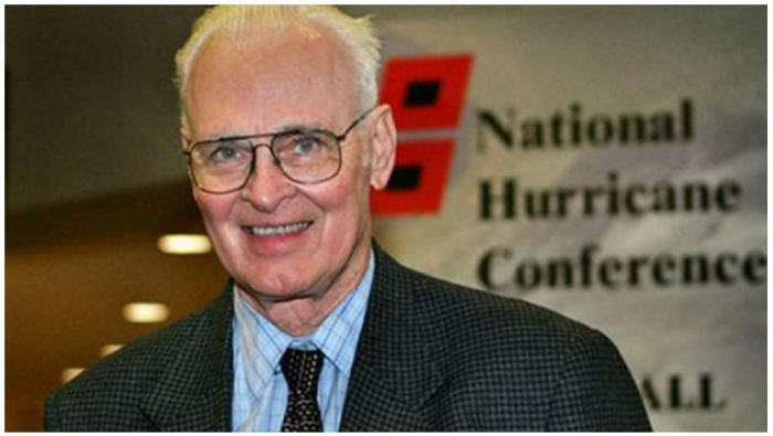 Esteemed Hurricane Forecast Pioneer William Gray Dies at 86 photo -AP