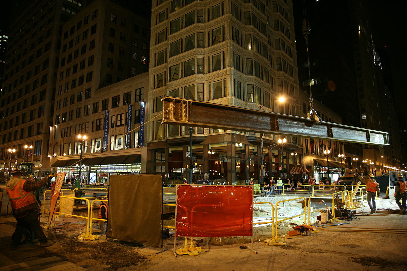 Construction related to the red line subway on the intersection Washington and State in downtown Chicago.
