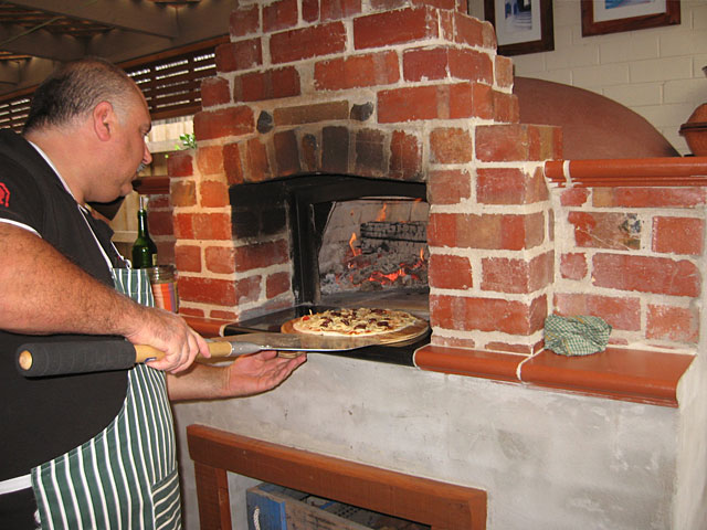 Scientists claim wood fired pizza is bad, saying baking it is ...