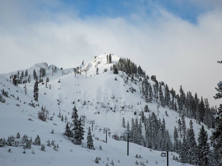 Snowpack-Squaw-valley