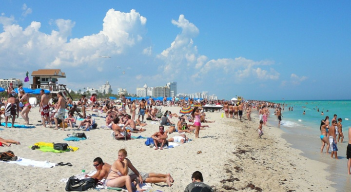 South Beach, Miami Florida. By Averette - Own work, CC BY-SA 3.0, https://commons.wikimedia.org/w/index.php?curid=4589902