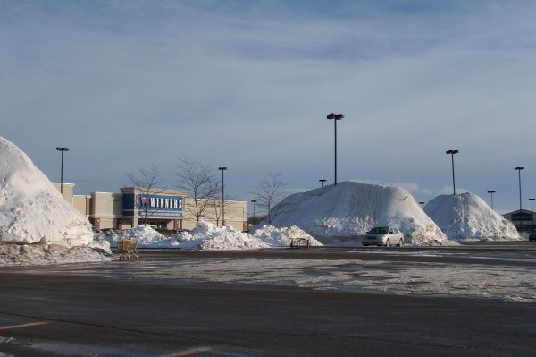 snow-piles-from-canada