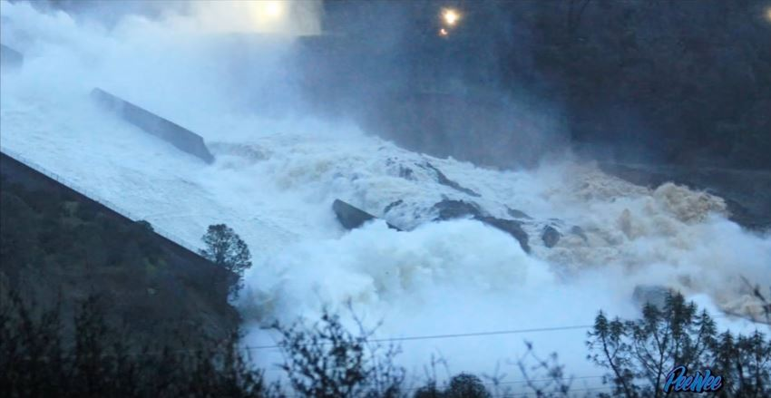 Damaged Lake #OrovilleDam spillway being sacrificed with high