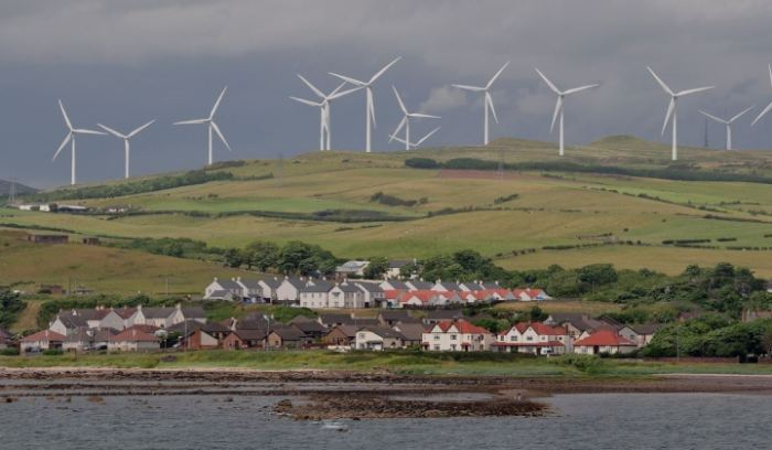 16,000 Additional Wind Turbines Required to Power British