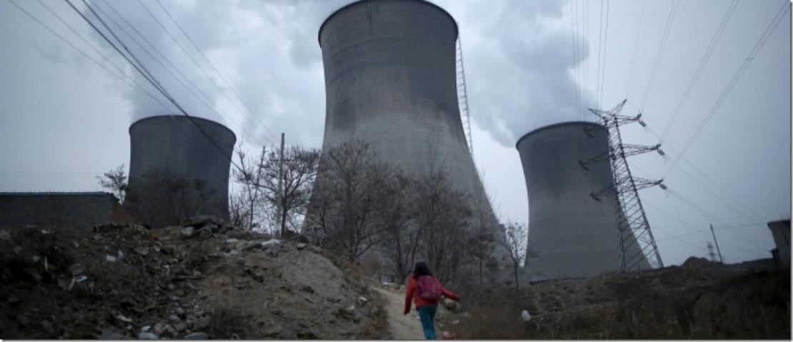 2015-05-21T224312Z_1_LYNXMPEB4K1BT_RTROPTP_4_CHINA-POLLUTION-COSTS-e1447269800104