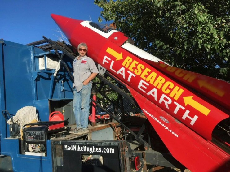 Friday Funny Flat Earth Researcher Likely To Win A Darwin - 22 people surely win darwin award