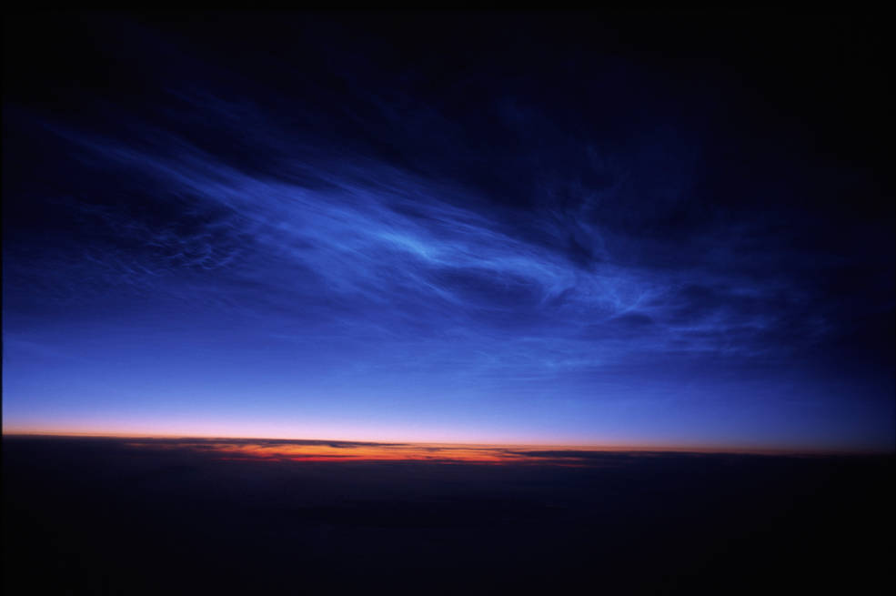 NASA detects strange electric-blue clouds over Antarctica | Watts Up With That? on WordPress.com