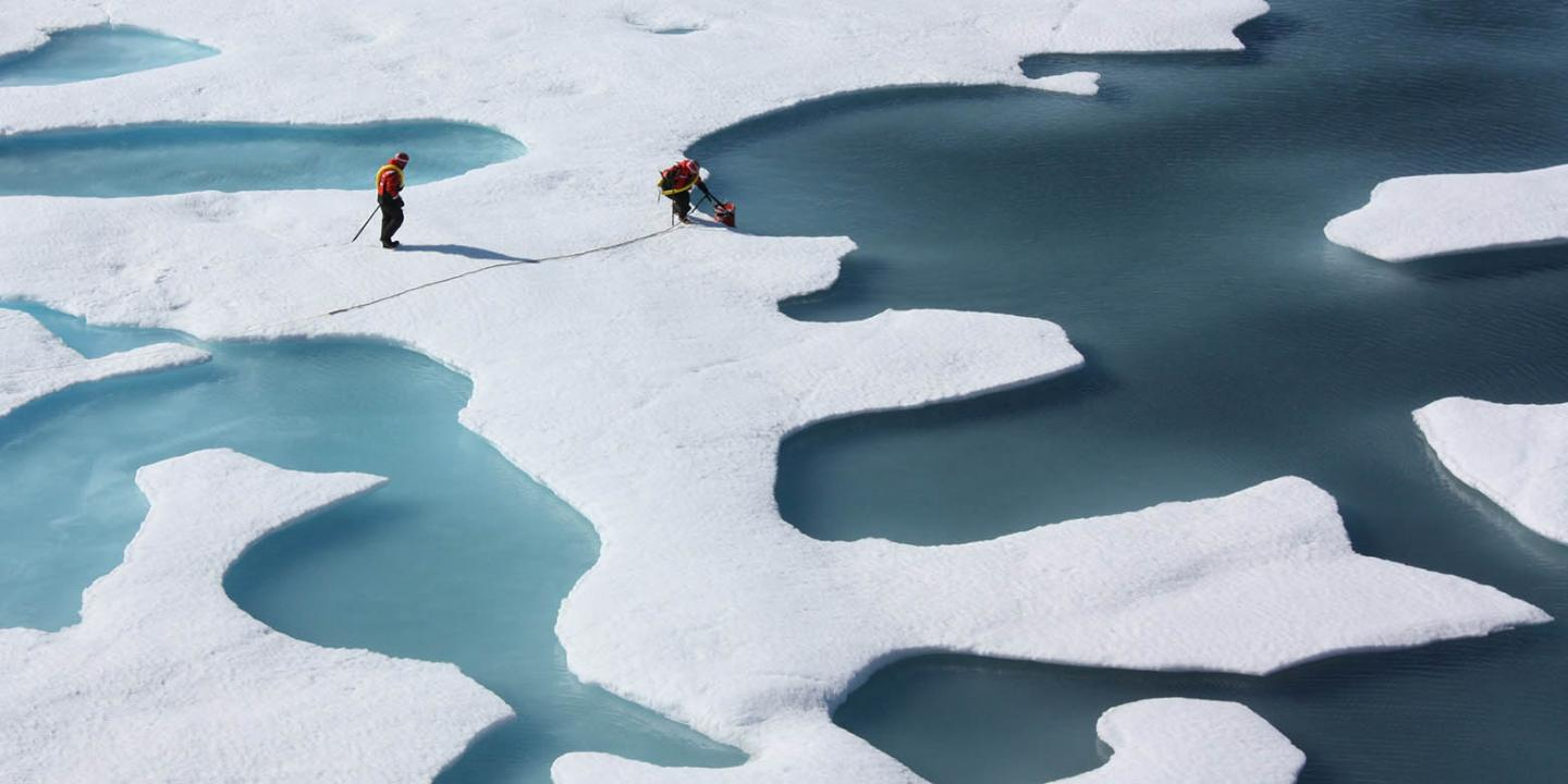 Study: Weather anomalies accelerate the melting of sea ice